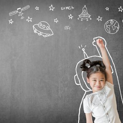 Meisje dat als astronaut de ruimte in wil vliegen